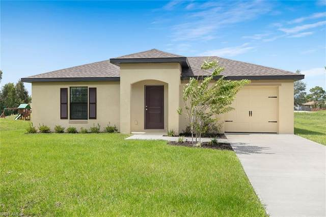 816 Lystra Ave, Fort Myers, FL 33913 (MLS #220018255) :: RE/MAX Realty Team