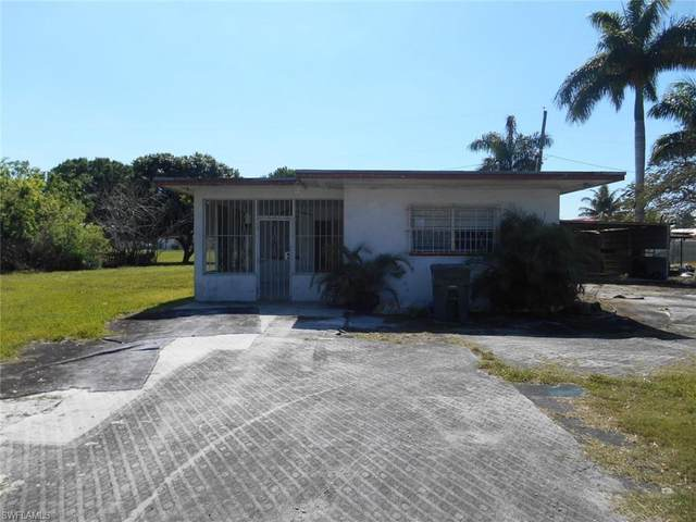 420 E Trinidad Ave, Clewiston, FL 33440 (#220018539) :: Caine Premier Properties