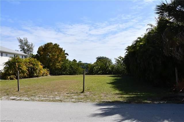 3240 Stabile Road, St. James City, FL 33956 (#220018660) :: Caine Premier Properties