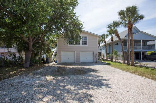 5736 Lauder St, Fort Myers Beach, FL 33931 (MLS #220021535) :: RE/MAX Realty Team