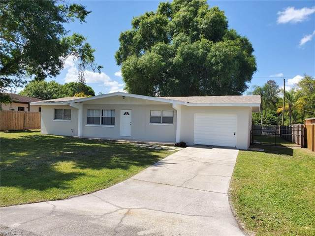 2175 Dominica Ave, Fort Myers, FL 33905 (MLS #220021729) :: #1 Real Estate Services