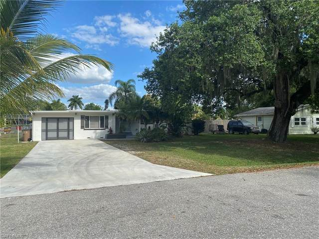 203 Kingston Dr, Fort Myers, FL 33905 (MLS #220021757) :: RE/MAX Realty Team