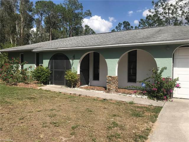 1402 Washington Ave, Lehigh Acres, FL 33972 (MLS #220021983) :: #1 Real Estate Services