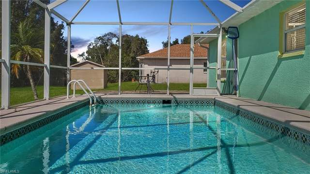 226 Manatee St, Fort Myers, FL 33913 (MLS #220021986) :: RE/MAX Realty Team