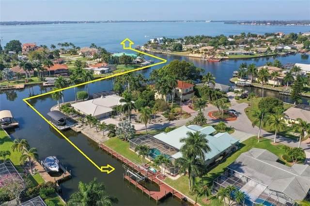 5621 Del Rio Ct, Cape Coral, FL 33904 (MLS #220022217) :: Clausen Properties, Inc.