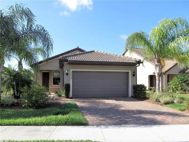 10947 Clarendon St, Fort Myers, FL 33913 (MLS #220022262) :: RE/MAX Realty Team