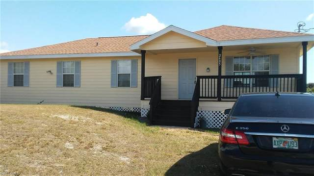 2605 59th St W, Lehigh Acres, FL 33971 (MLS #220022493) :: #1 Real Estate Services