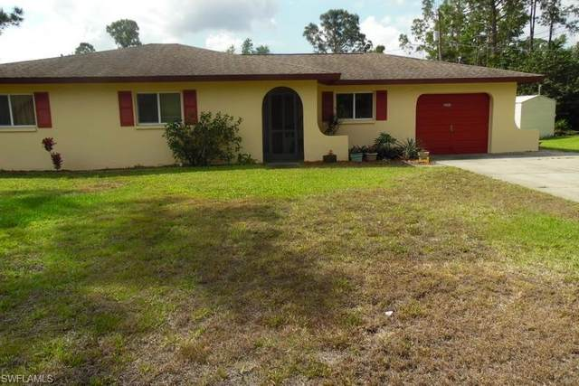 2604 E 3rd Street, Lehigh Acres, FL 33936 (MLS #220022594) :: Clausen Properties, Inc.