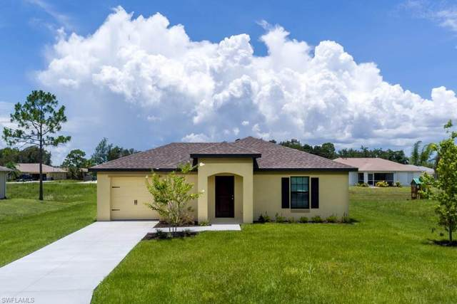 824 Umber Dr, Fort Myers, FL 33913 (MLS #220022977) :: RE/MAX Realty Team