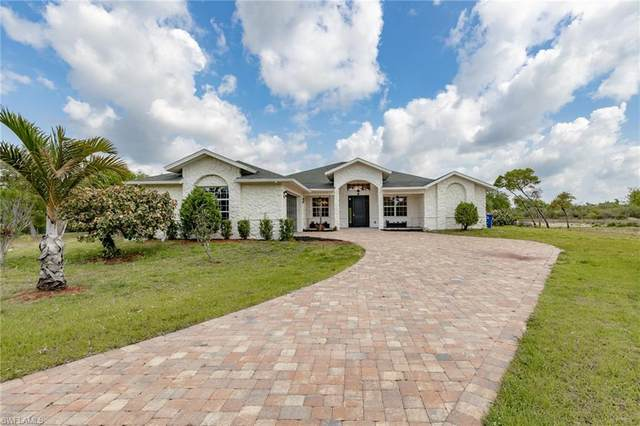 2440 Moore Ave, Alva, FL 33920 (MLS #220023064) :: #1 Real Estate Services