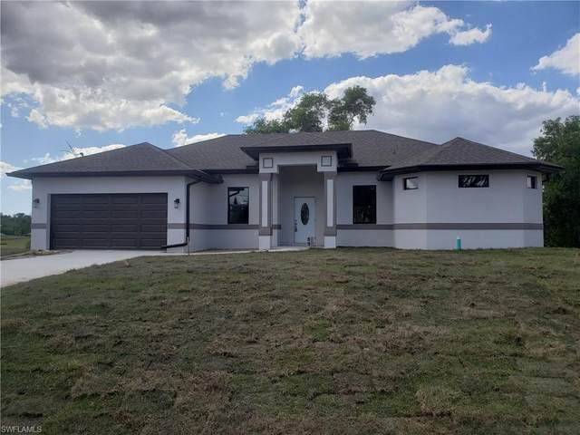 803 Xelda Ave N, Lehigh Acres, FL 33971 (MLS #220023251) :: #1 Real Estate Services