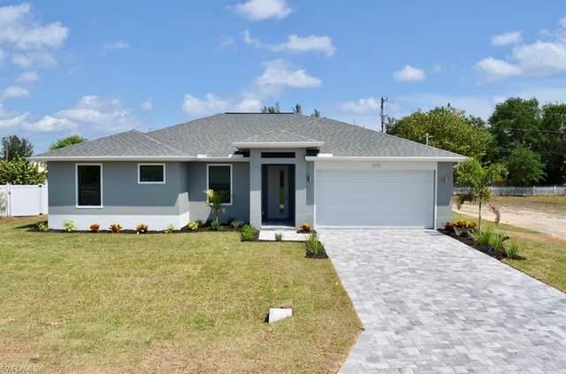 2915 SW 5th Pl, Cape Coral, FL 33914 (#220023609) :: Caine Premier Properties