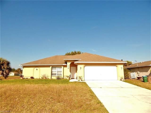 1004 NE 3rd Ave, Cape Coral, FL 33909 (#220023666) :: Caine Premier Properties