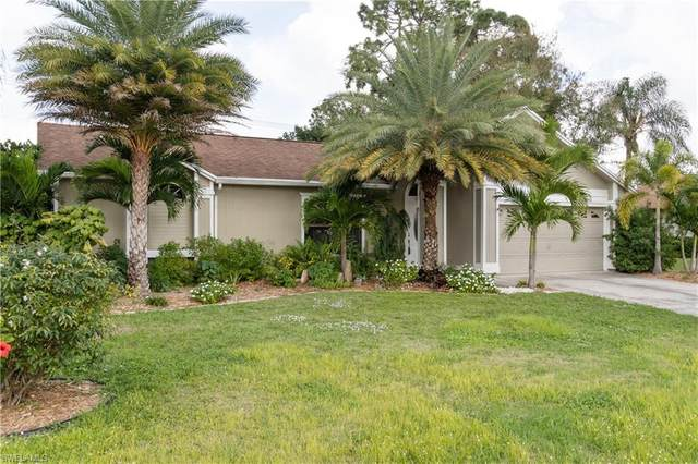 9766 Country Oaks Dr, Fort Myers, FL 33967 (MLS #220023911) :: RE/MAX Realty Team