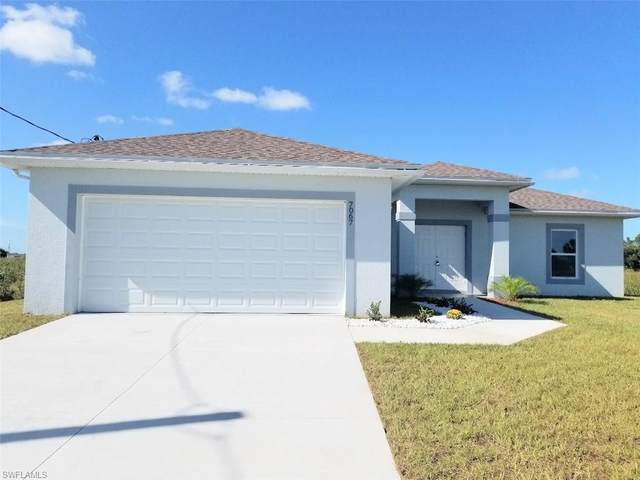 7067 Berwick Cir, Labelle, FL 33935 (MLS #220024335) :: RE/MAX Radiance
