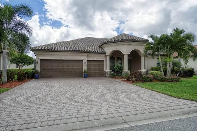 11329 Bluff Oak Ln, Fort Myers, FL 33912 (MLS #220024598) :: Palm Paradise Real Estate
