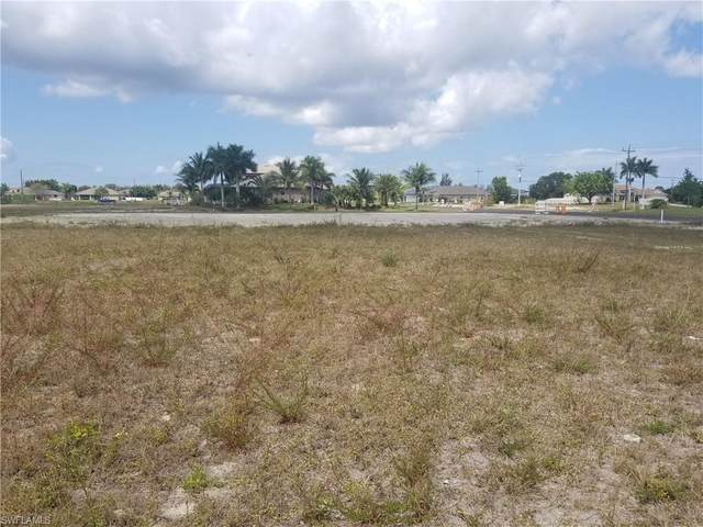6 SW 35th Ave, Cape Coral, FL 33991 (MLS #220024747) :: RE/MAX Realty Team