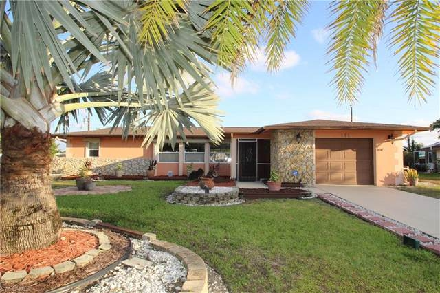 111 E Lake Dr, Lehigh Acres, FL 33936 (#220024958) :: Caine Premier Properties