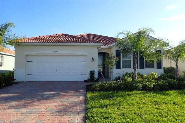 15136 Yellow Wood Drive, Alva, FL 33920 (#220027251) :: The Dellatorè Real Estate Group