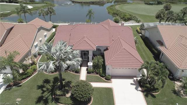 16171 Kelly Woods Drive, Fort Myers, FL 33908 (#220027769) :: The Dellatorè Real Estate Group