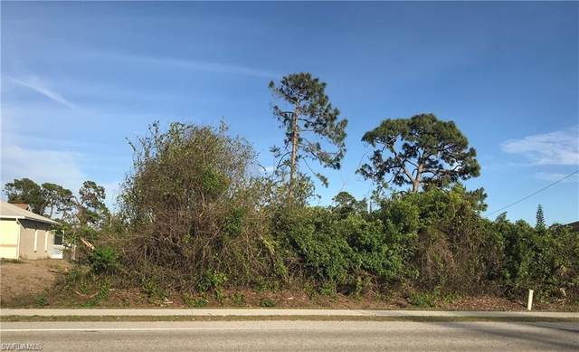 17429 Lee Road, Fort Myers, FL 33967 (#220029352) :: The Dellatorè Real Estate Group