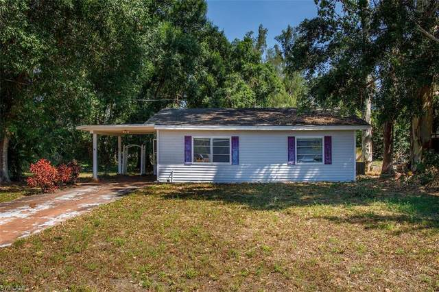 4620 Seminole Street, Fort Myers, FL 33905 (MLS #220032081) :: Palm Paradise Real Estate