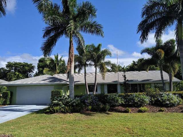 249 Pebble Beach Circle, Naples, FL 34113 (#220032602) :: The Dellatorè Real Estate Group