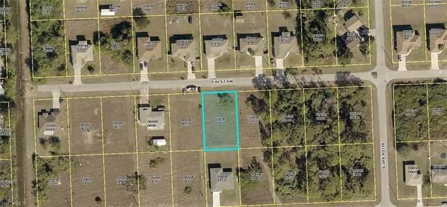 3715 5th Street SW, Lehigh Acres, FL 33976 (MLS #220032647) :: Clausen Properties, Inc.