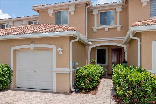 10045 Chiana Circle, Fort Myers, FL 33905 (MLS #220033072) :: The Naples Beach And Homes Team/MVP Realty
