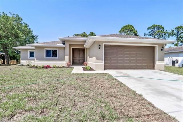 3303 44th Street W, Lehigh Acres, FL 33971 (MLS #220033305) :: #1 Real Estate Services