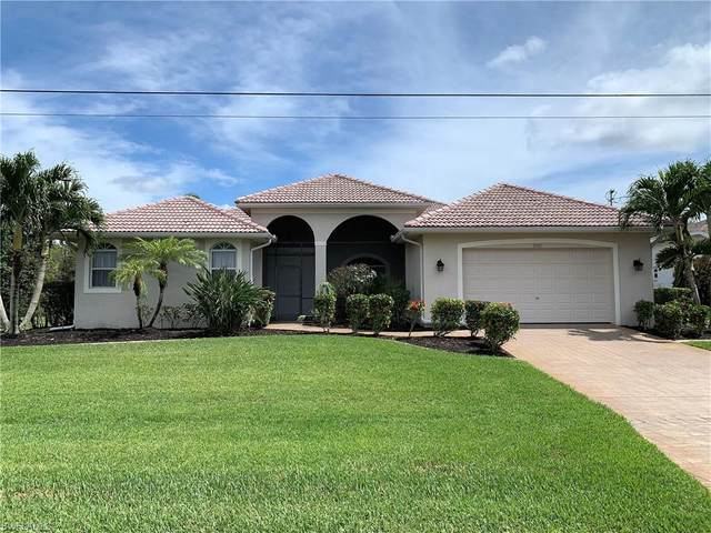 2360 Coral Point Drive, Cape Coral, FL 33990 (MLS #220033320) :: Team Swanbeck