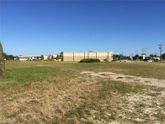 2631 Skyline Boulevard, Cape Coral, FL 33914 (#220033841) :: Jason Schiering, PA