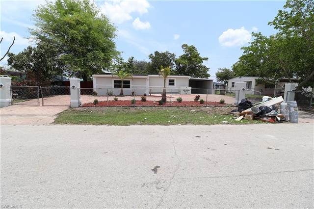 116 Apache Street, Lehigh Acres, FL 33936 (MLS #220033989) :: Uptown Property Services