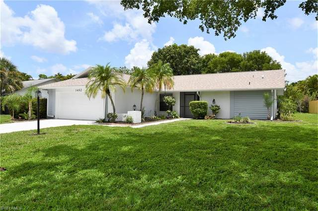 1492 Beechwood Trail, Fort Myers, FL 33919 (MLS #220034295) :: Clausen Properties, Inc.