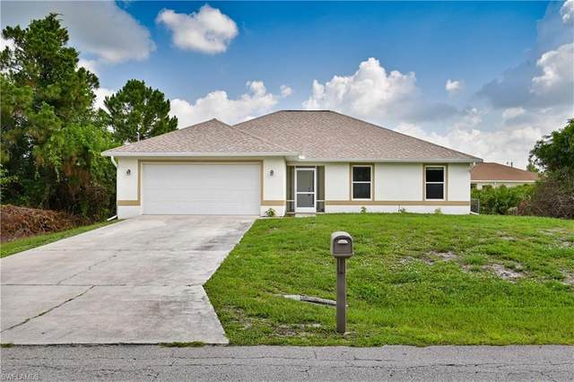 2612 19th Street W, Lehigh Acres, FL 33971 (MLS #220034596) :: RE/MAX Realty Group