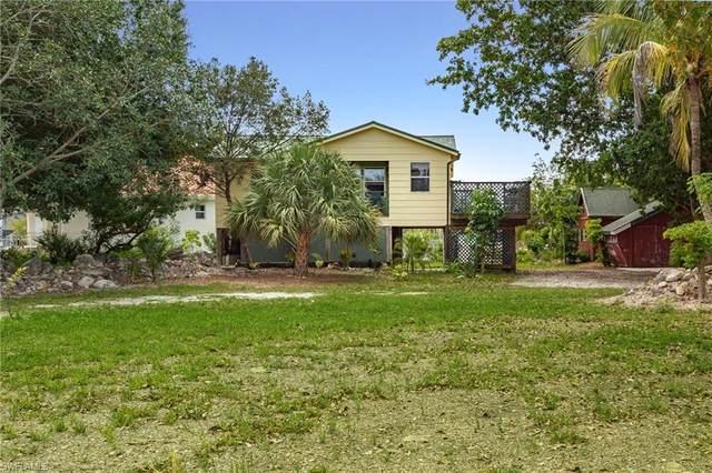 5361 Marina Drive, Bokeelia, FL 33922 (#220034599) :: The Dellatorè Real Estate Group