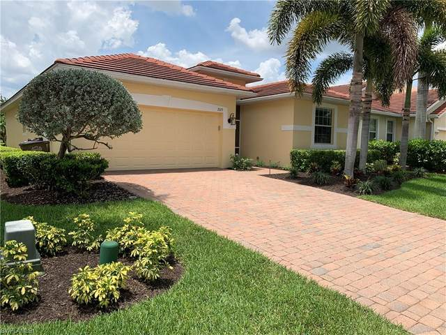 2523 Blackburn Circle, Cape Coral, FL 33991 (MLS #220034839) :: The Naples Beach And Homes Team/MVP Realty