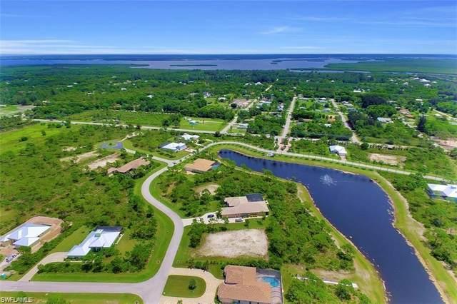 12519 Canoe Trail, Bokeelia, FL 33922 (MLS #220036896) :: Florida Homestar Team