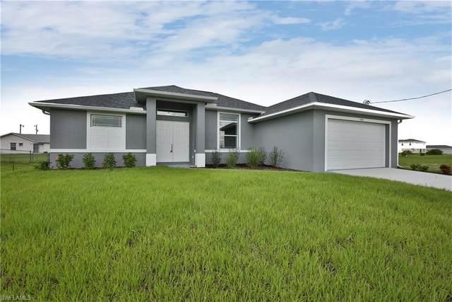 1026 NE 6th Place, Cape Coral, FL 33909 (MLS #220038072) :: Palm Paradise Real Estate