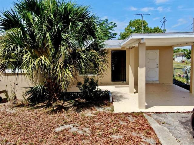 2985 Saint Charles Street, Fort Myers, FL 33916 (MLS #220038126) :: RE/MAX Realty Group
