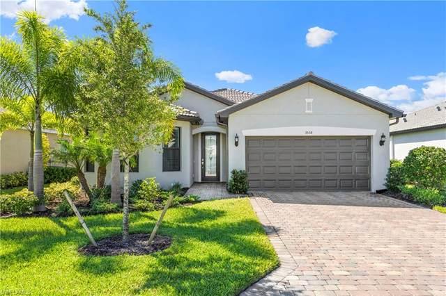 3538 E Hampton Circle, Alva, FL 33920 (#220038334) :: The Dellatorè Real Estate Group