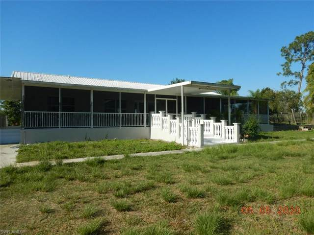 1131 W Jacks Branch Road, Labelle, FL 33935 (MLS #220039140) :: Avant Garde