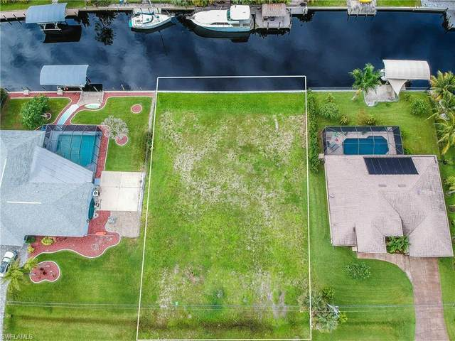 1976 Coral Point Drive, Cape Coral, FL 33990 (#220039168) :: The Dellatorè Real Estate Group