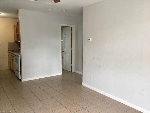 3137/3139 Lincoln Boulevard, Fort Myers, FL 33916 (MLS #220039252) :: RE/MAX Realty Group