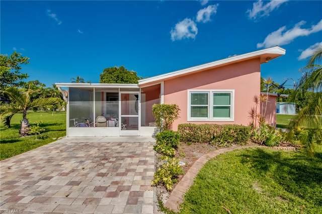 27830 Michigan Street, Bonita Springs, FL 34135 (#220039790) :: Caine Premier Properties