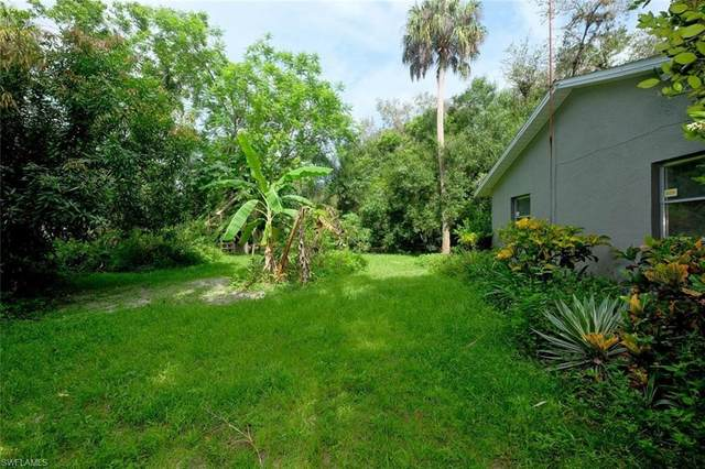864 County Road 78, Labelle, FL 33935 (MLS #220039865) :: Clausen Properties, Inc.