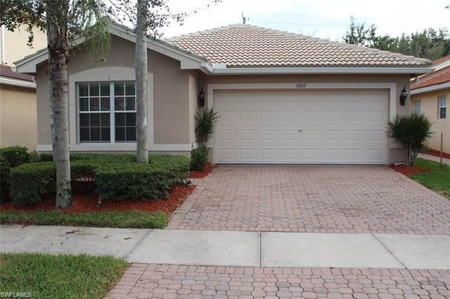 1607 Triangle Palm Terrace, Naples, FL 34119 (#220039869) :: Jason Schiering, PA