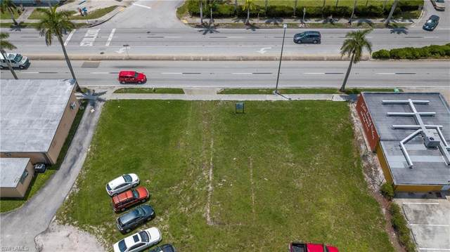 4423 Palm Beach Boulevard, Fort Myers, FL 33905 (MLS #220040073) :: Clausen Properties, Inc.