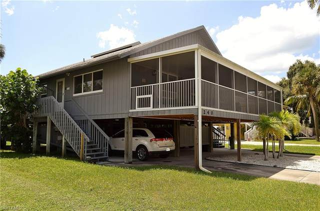 238 Nature View Court, Fort Myers Beach, FL 33931 (#220040220) :: The Dellatorè Real Estate Group