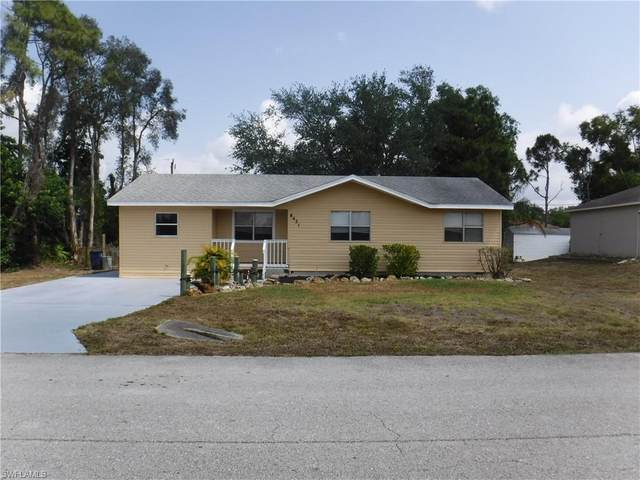 8421 Blackberry Road, Fort Myers, FL 33967 (#220040320) :: The Dellatorè Real Estate Group